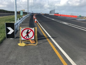 No pedestrians sign Dryandra Drive