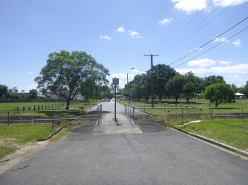 Salisbury St, Rocklea with Short St Park on the right.
