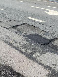 PotholesLyton2